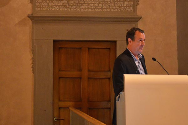 David of Future-iQ Partners speaks to regional leeaders.
